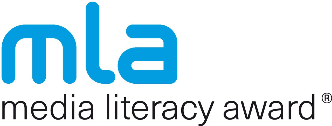 media literacy award -Logo